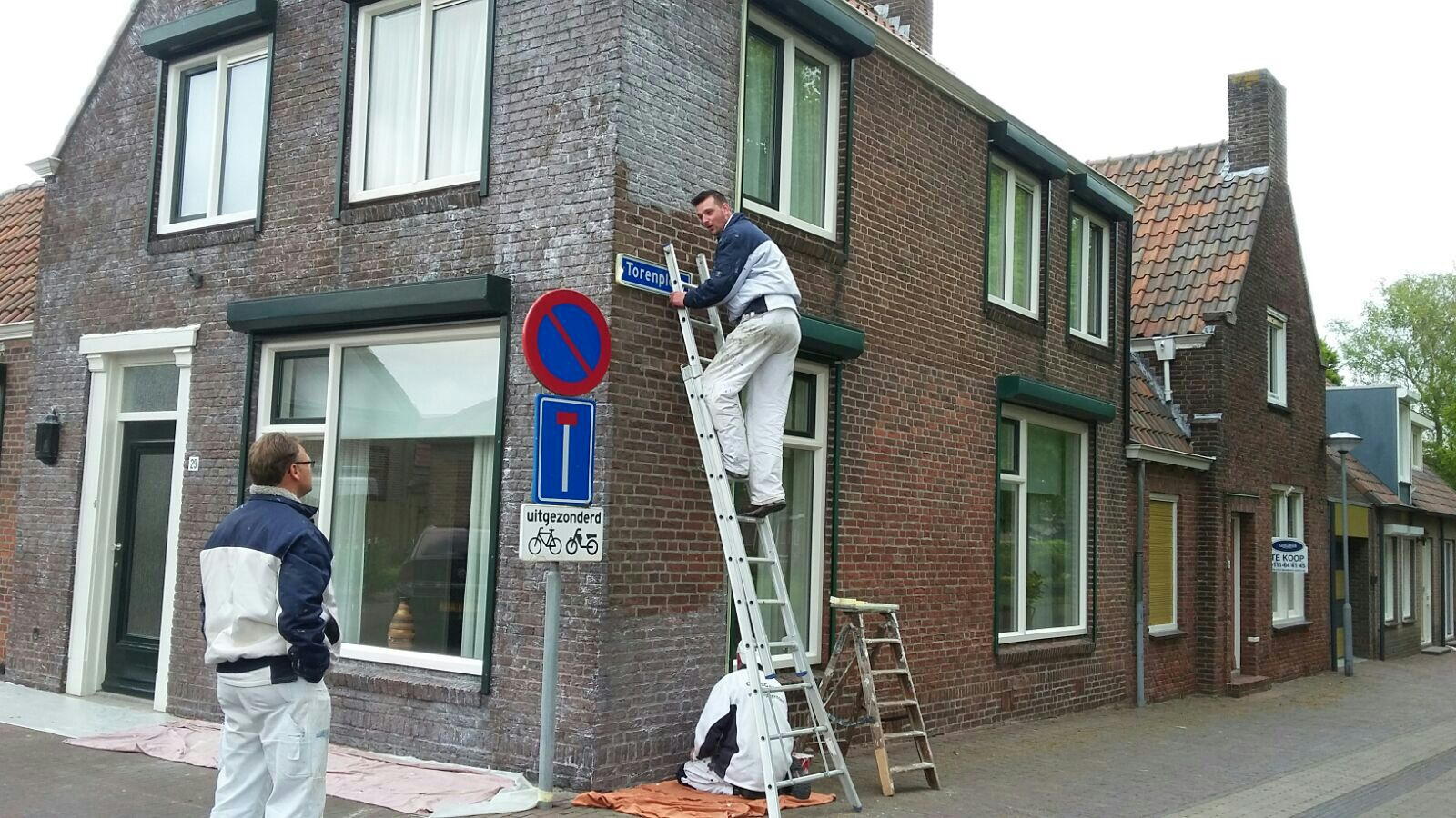 Schildersbedrijf bruinisse wesdorp schilders for Uurloon schilder